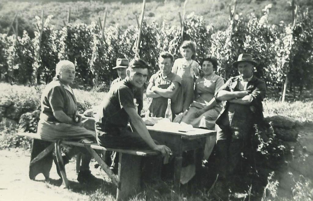 1966-repas-vignes-scherwiller